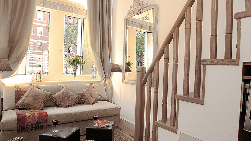 choose the luxury serviced apartment to make your stay comfortable